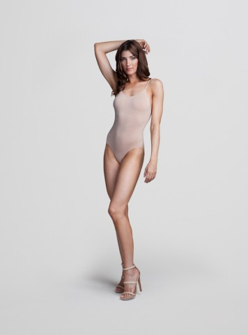 3681 Seamless Low-Back Camisole Leotard